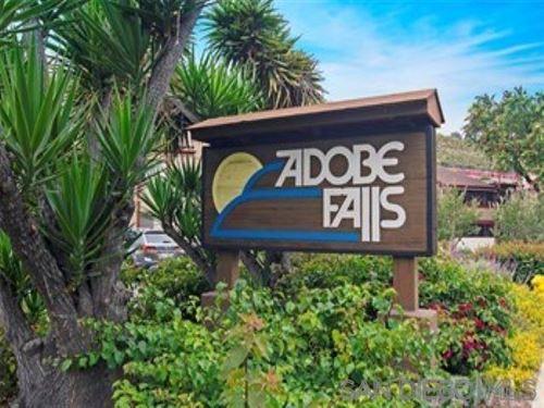 Photo of 5553 Adobe Falls Rd #6, san diego, CA 92120 (MLS # 210012160)