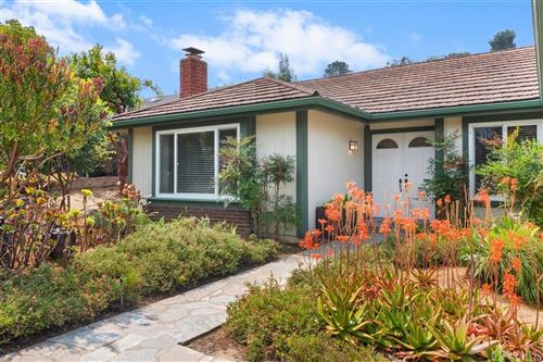 Photo of 826 BIRCHVIEW DR, Encinitas, CA 92024 (MLS # 200045162)