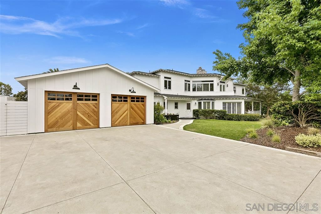 Photo of 1441 Crest Drive, Encinitas, CA 92024 (MLS # 200030164)