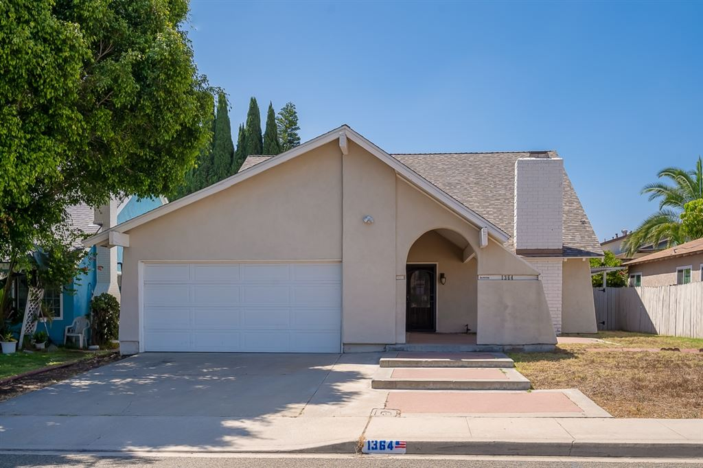 Photo of 1364 Caliente Loop, Chula Vista, CA 91910 (MLS # 200031165)