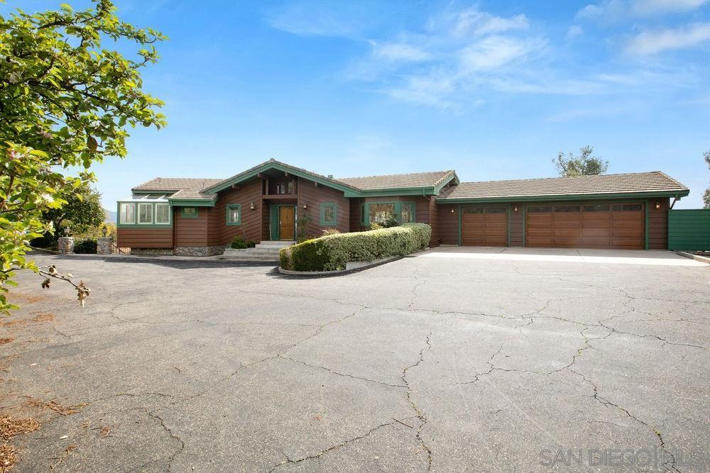 Photo of 28782 Lajos Lane, Valley Center, CA 92082 (MLS # 210000166)