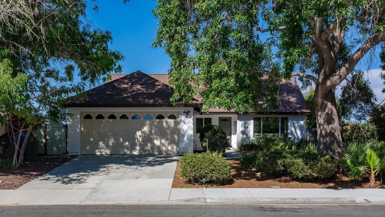 Photo of 242 Luiseno Ave, Oceanside, CA 92057 (MLS # 210016166)