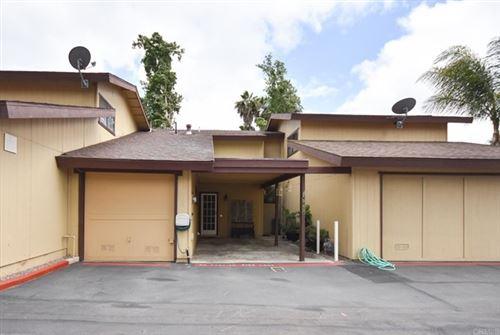 Photo of 943 Marlin Drive, Vista, CA 92084 (MLS # NDP2107169)