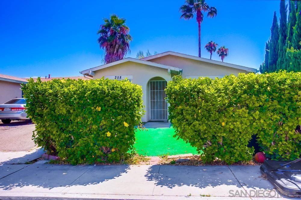 Photo of 258 Fortunada St, Oceanside, CA 92057 (MLS # 210021169)