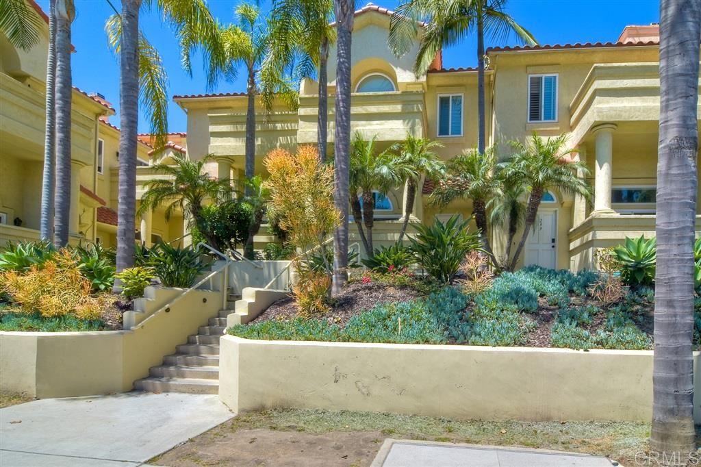 Photo of 241 S S Sierra Ave, Solana Beach, CA 92075 (MLS # 200027171)
