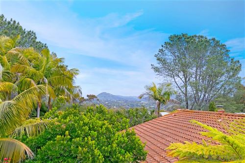 Photo of 2140 Mountain Vista, Encinitas, CA 92024 (MLS # 200024172)