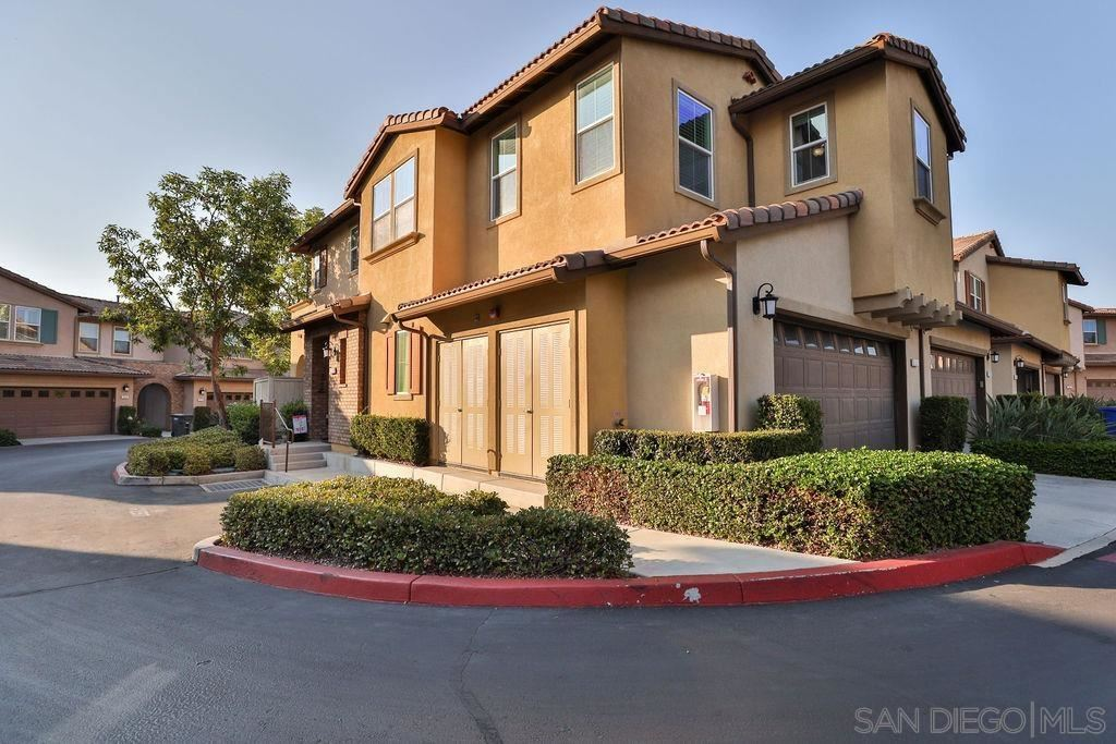 Photo for 300 Calle Rayo, San Marcos, CA 92069 (MLS # 210026175)