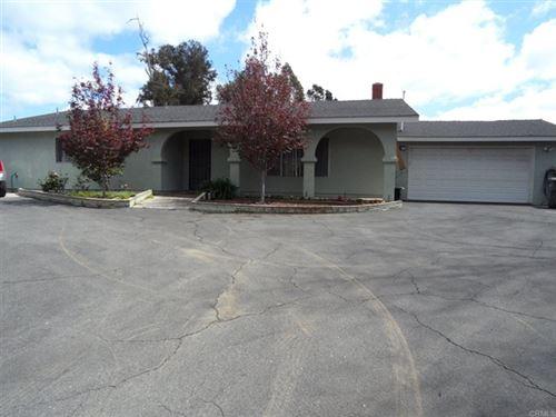 Photo of 254 El Valle Opulento, Vista, CA 92083 (MLS # NDP2103178)