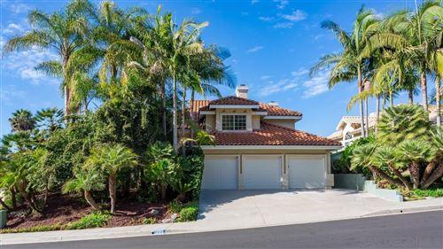 Photo of 1306 Woodview Dr, Oceanside, CA 92056 (MLS # 210016179)
