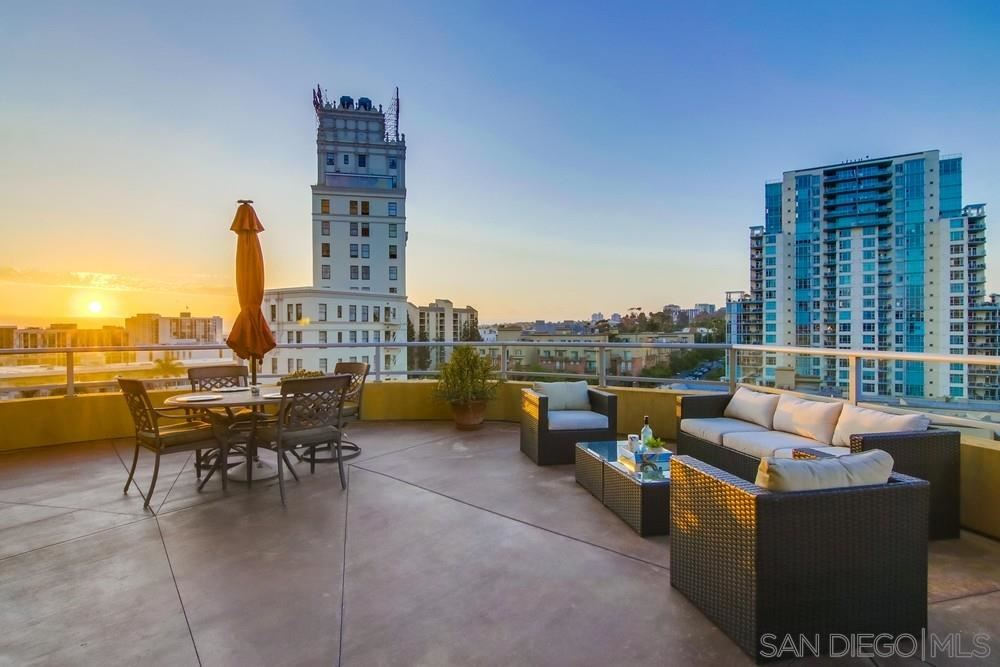 Photo for 801 Ash St #802, San Diego, CA 92101 (MLS # 190044179)