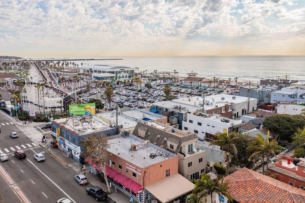 Photo of 753-755 Island Ct, San Diego, CA 92109 (MLS # 210009183)