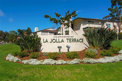 Photo of 3175 Evening Way #B, La Jolla, CA 92037 (MLS # 200052184)