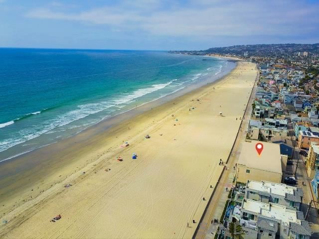 Photo for 3755 Ocean Front Walk #17, San Diego, CA 92109 (MLS # 200049186)