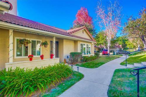 Photo of 1717 Edgefield Ln, Encinitas, CA 92024 (MLS # 200052190)