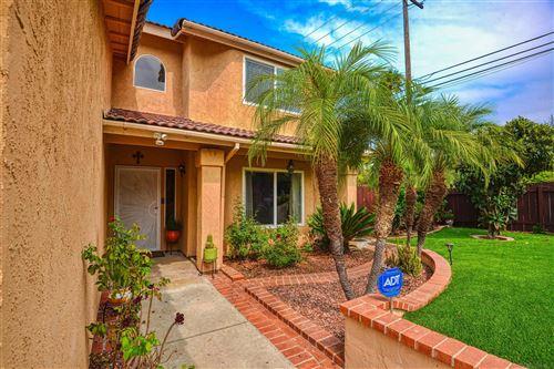Photo of 986 Eden Lane, EL CAJON, CA 92020 (MLS # 210027190)