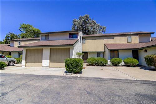 Photo of 215 Crestview Glen, Escondido, CA 92026 (MLS # 200037195)