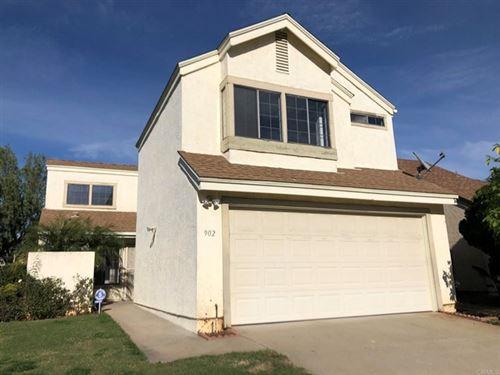 Photo of 902 Sendero Avenue, Escondido, CA 92026 (MLS # NDP2107196)