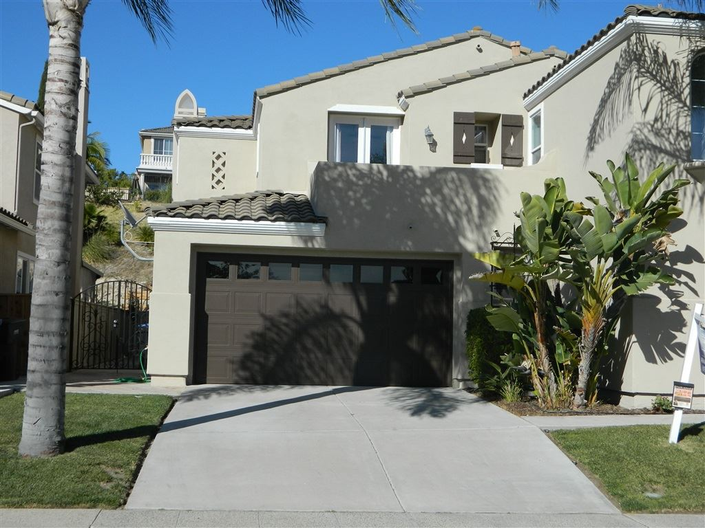 Photo of 1013 White Alder Ave, Chula Vista, CA 91914 (MLS # 200031198)