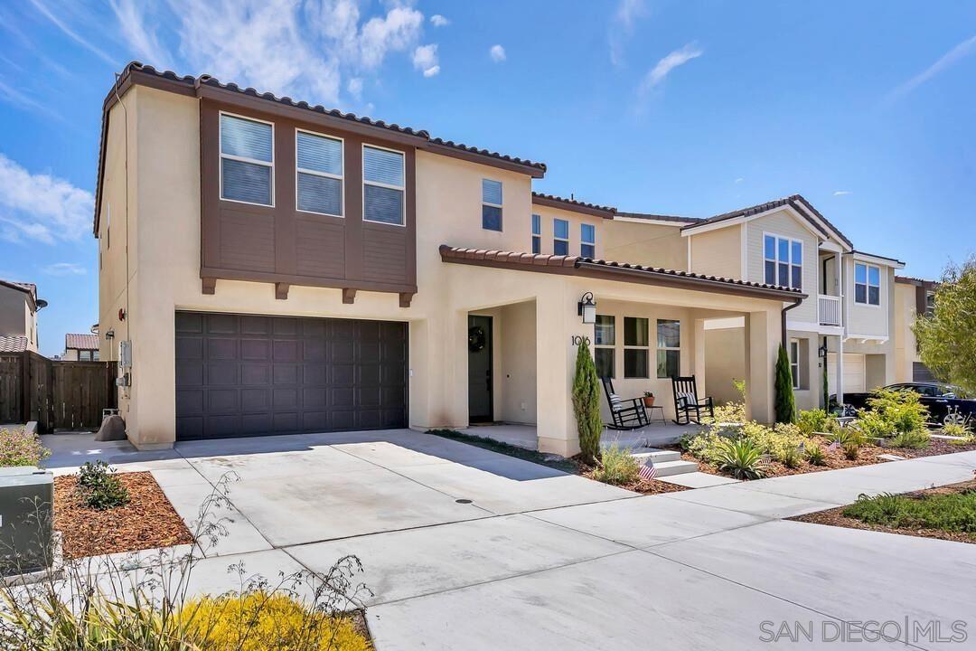 Photo of 1016 Calle Deceo, Chula Vista, CA 91913 (MLS # 210016201)