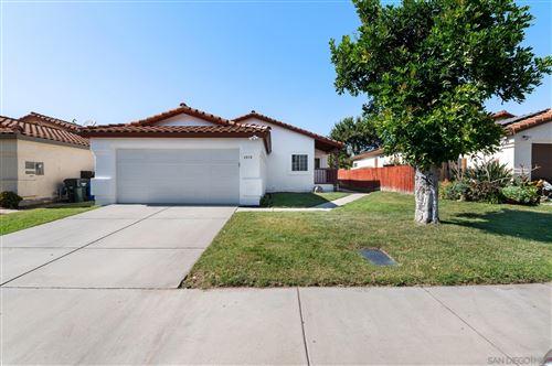 Photo of 4878 DULIN, Fallbrook, CA 92028 (MLS # 210027203)