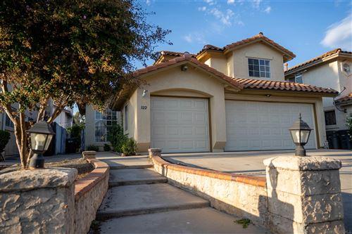 Photo of 322 Valleytree Pl, Escondido, CA 92026 (MLS # 210027204)