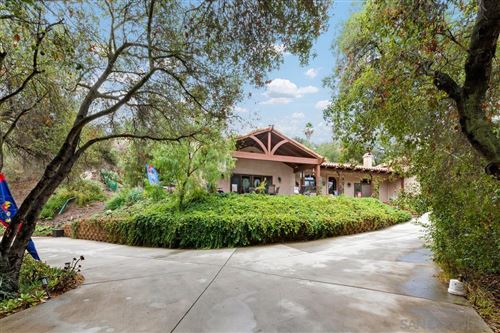 Photo of 865 Brook Canyon Rd, Escondido, CA 92025 (MLS # 210028214)