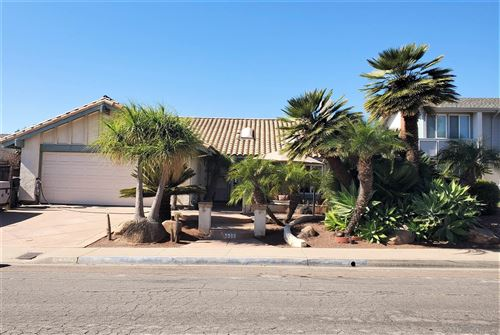 Photo of 4622 LISANN STREET, SAN DIEGO, CA 92117 (MLS # 200049217)
