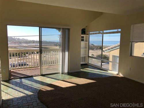 Photo of 241 Turf View Dr, Solana Beach, CA 92075 (MLS # 200002221)