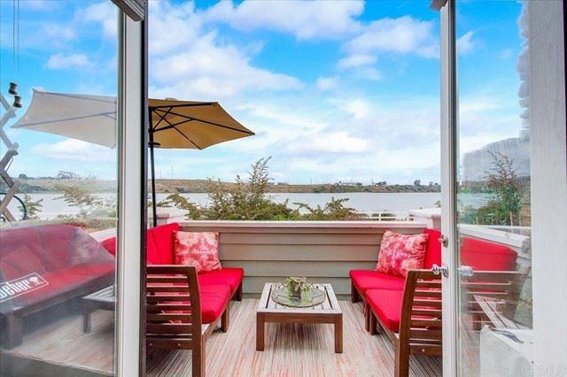 Photo for 4747 Beachwood Court, Carlsbad, CA 92008 (MLS # NDP2106226)
