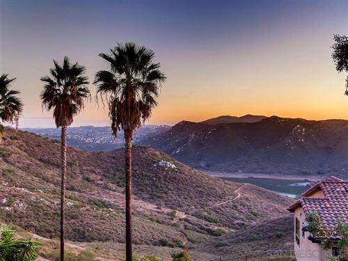 Photo of 3556 Via Loma Vista, Escondido, CA 92029 (MLS # 210000229)