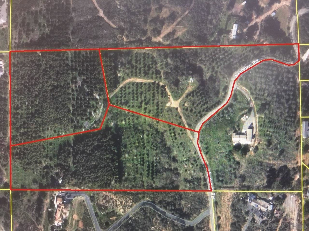 Photo of 15.89 acres on Anthony Rd, Valley Center, CA 92082 (MLS # 210014231)