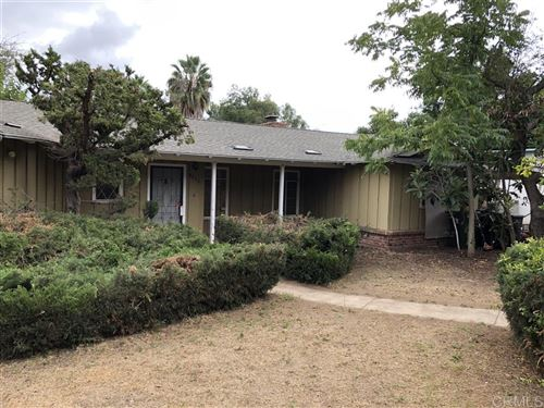 Photo of 8233 Sunset Rd, Lakeside, CA 92040 (MLS # 200002234)