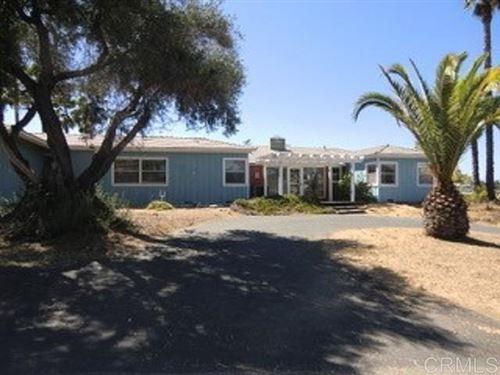 Photo of 701 E E Fallbrook St, Fallbrook, CA 92028 (MLS # 200044234)