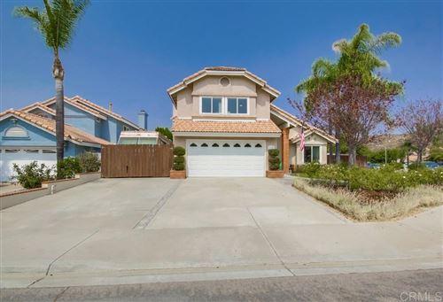 Photo of 9138 Sinsonte Lane, Lakeside, CA 92040 (MLS # 200045238)
