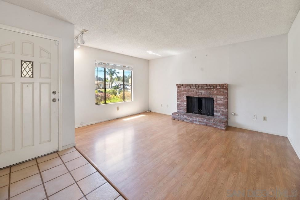 Photo of 14229 York Avenue, Poway, CA 92064 (MLS # 210009238)