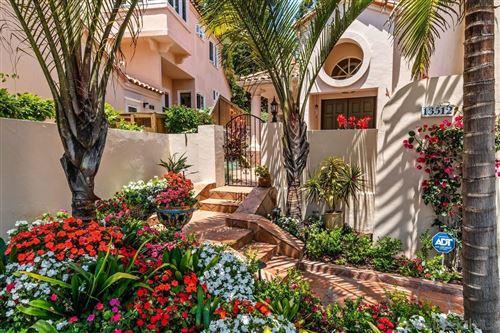 Photo of 13512 Caminito Carmel, Del Mar, CA 92014 (MLS # 210017242)