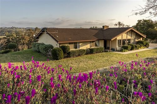 Photo of 4711 Calle De La Vuelta, Fallbrook, CA 92028 (MLS # NDP2102242)