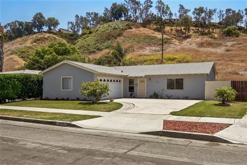 Photo of 3217 Carolyn Cir, Oceanside, CA 92054 (MLS # 200037256)