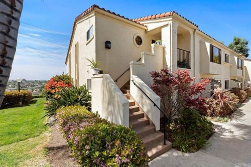 Photo of 3145 Calle Viento, Carlsbad, CA 92009 (MLS # NDP2103259)