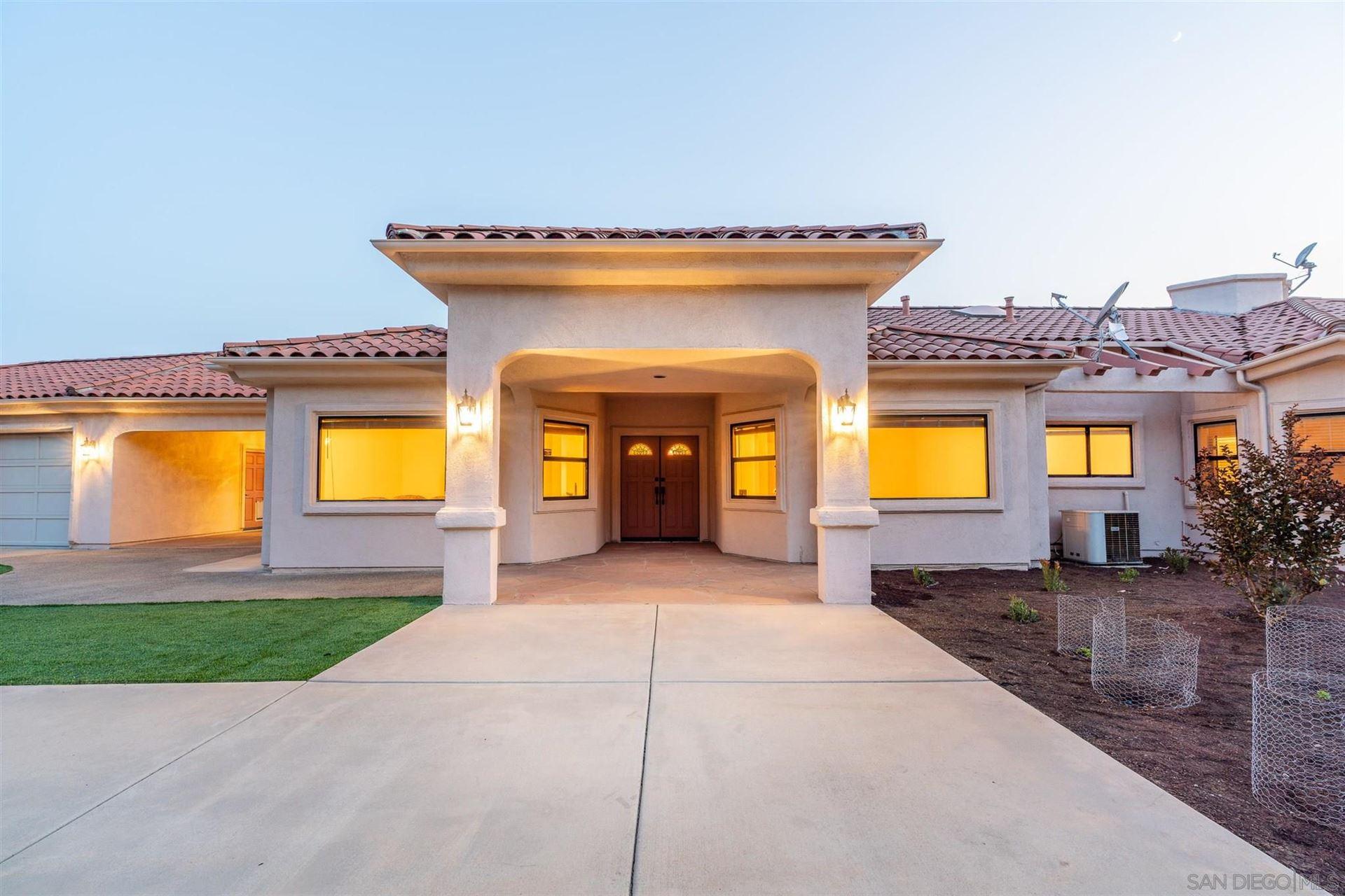 Photo of 9340 Huntley Rd, Fallbrook, CA 92028 (MLS # 210020265)