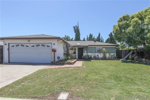 Photo of 5760 Yorkshire Ave, La Mesa, CA 91942 (MLS # 200023268)
