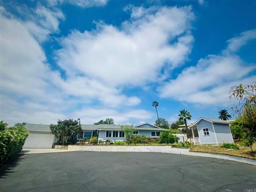 Photo of 1056 Camino Ciego, Vista, CA 92084 (MLS # NDP2105269)