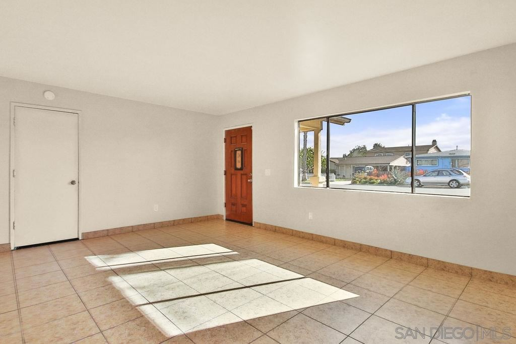 Photo of 1020 12Th St, Imperial Beach, CA 91932 (MLS # 210007269)
