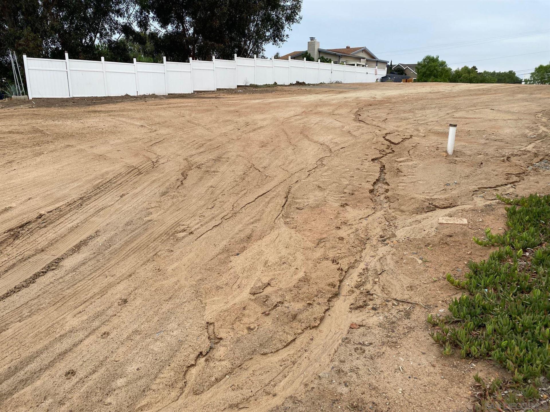 Photo of 0 Willow St., Bonita, CA 91902 (MLS # 210028269)