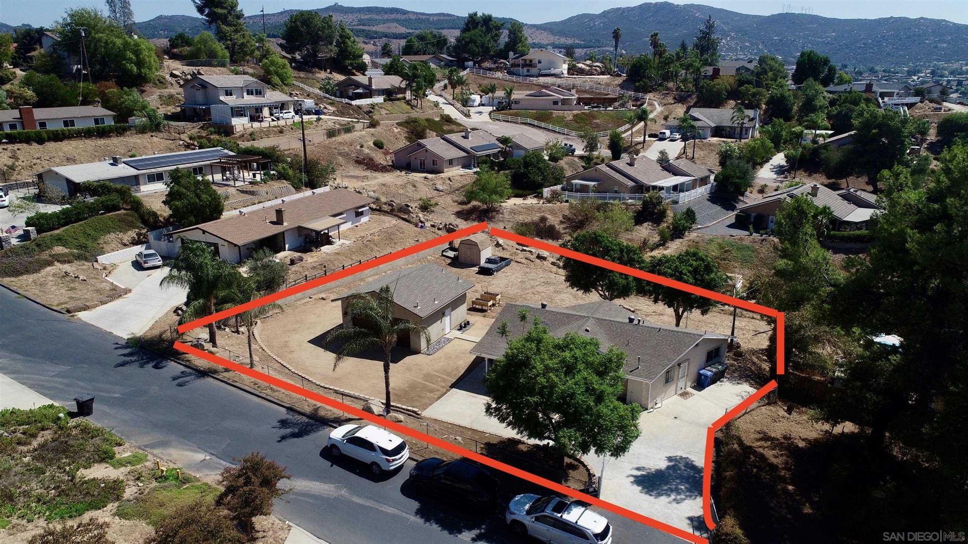 Photo of 13649 Vecinio Del Este Pl, Lakeside, CA 92040 (MLS # 210026270)