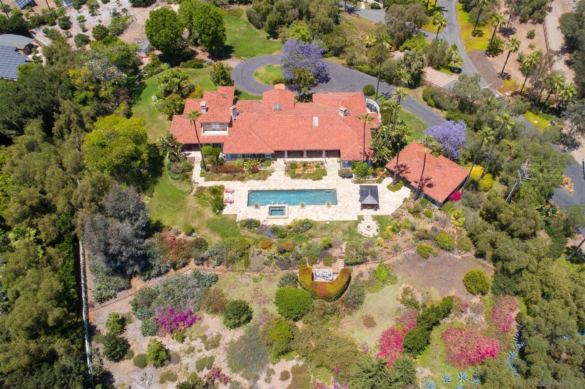 Photo of 18022 Loma Alegre, Rancho Santa Fe, CA 92067 (MLS # 210018273)