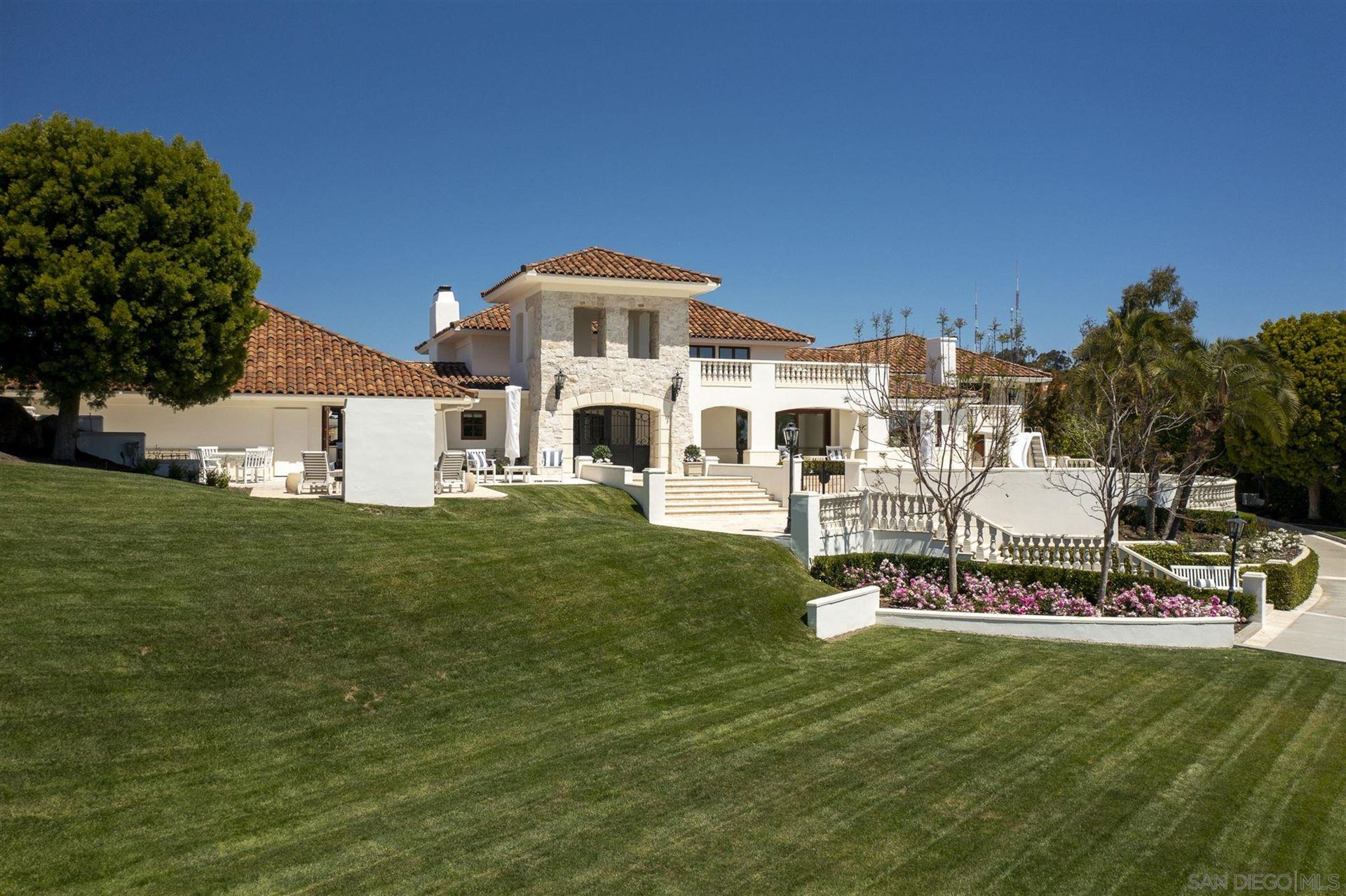 Photo of 6404 La Jolla Scenic Drive, La Jolla, CA 92037 (MLS # 210012274)