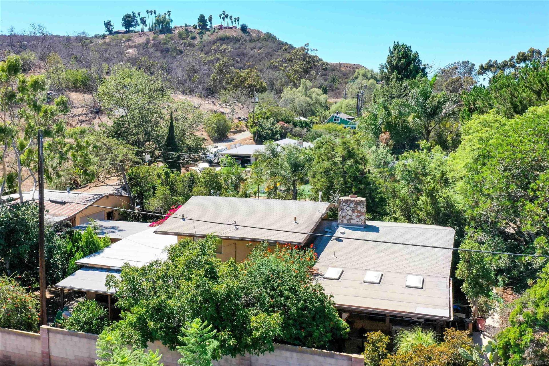 Photo of 1131 LA Moree, San Marcos, CA 92078 (MLS # 210026274)