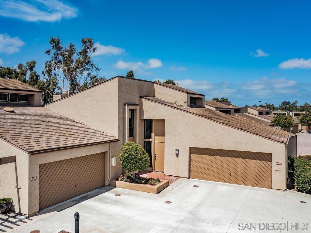 Photo of 2214 Plaza De Las Flores, Carlsbad, CA 92009 (MLS # 210016276)