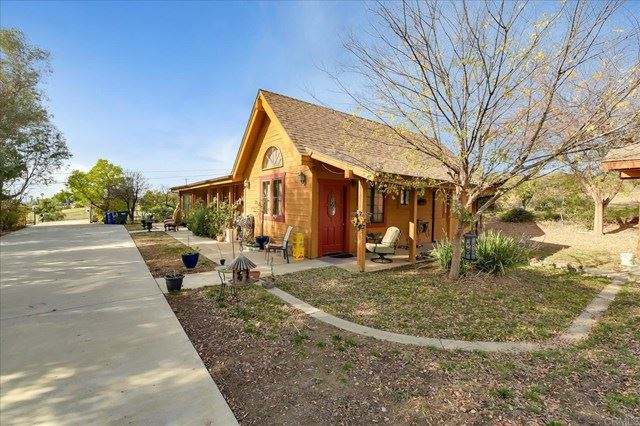 Photo of 28645 Sunset Rd, Valley Center, CA 92082 (MLS # NDP2100276)